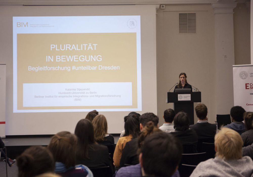 Katarina Stjepandic vom BIM erläuterte die wissenschaftliche Perspektive auf #unteilbar